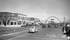 Pacific Coast Highway and Main Street in Huntington Beach, circa 1930s.