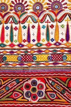 ผ้าปักอินเดีย