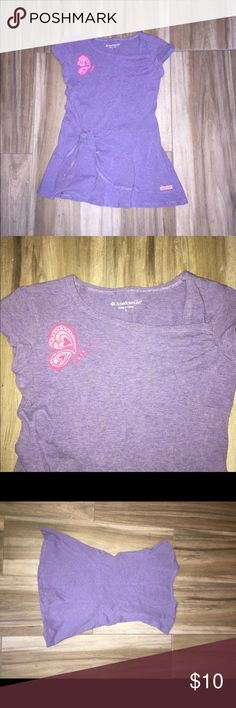 American Girl Top Size 6 Years American Girl Top  Size 6 Great pre-owned condition  All my items come from a smoke and pet home Thanks for looking and please feel free to contact me with any questions you have american girl Shirts & Tops Blouses