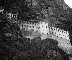 Sümela Manastırı (Panagia Sumela, Theotokos Sumela), Trabzon Maçka - Özhan Öztürk Makaleleri Mount Rushmore, Istanbul, Mountains, Travel, Viajes, Destinations, Traveling, Trips, Bergen