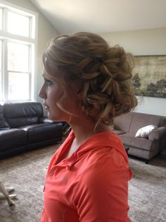 Soft, loose, romantic updo for long hair.