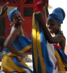 Bailarinas, Santiago de Cuba