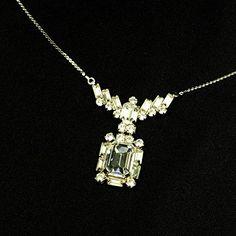 streitstones exklusive Kette mit Swarovski bis zu 50 % Rabatt streitstones http://www.amazon.de/dp/B00T6TM0W2/ref=cm_sw_r_pi_dp_2ZX6ub1XC900B, streitstones, Halskette, Halsketten, Kette, Ketten, neclace, bling, silver, gold, silber, Schmuck, jewelry, swarovski, fashion, accessoires, glas, glass, beads, rhinestones