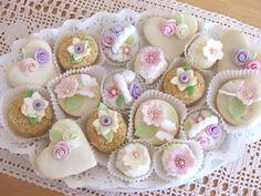 Mini Cupcakes, Dream Wedding, Cookies, Food, Easy Food Recipes, Bakken, Crack Crackers, Biscuits, Essen
