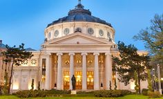 Romanian Athenaeum is Bucharest's most prestigious concert hall and one of the most beautiful buildings in the city Dracula, Amazing Architecture, Architecture Details, Latina, Romanian People, Eslava, Danube Delta, Visit Romania, Romania Travel