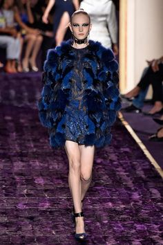 #Versace, Fall 2014 http://infurmag.com/collections-2/2013-2014/haute-cuture/fall-2014/