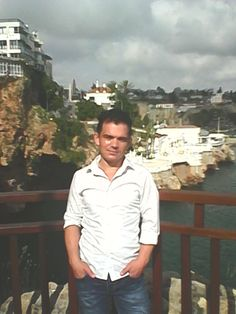 "Antalya'dan yeni Jigolomuz ""Hasan"" http://www.jigolohs.com/index.php?page=uye-detay&id=10827"