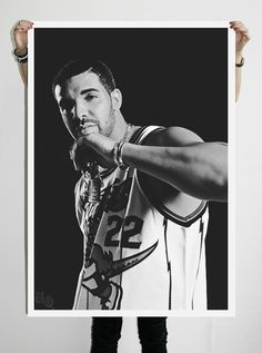 I want this poster of Drake !