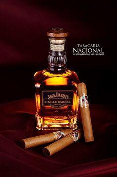 Jack Daniels Single Barrel Whiskey with Brazilian Dona Flor Cigars | by Sergio Carvalho Fotos
