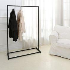 Amazon.com: Metal Freestanding Single Bar Garment Rack, Commercial & Retail Clothing Display Stand, Black: Home & Kitchen