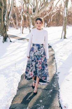 Image Via Prosecco & Plaid in the Kerrera Midi Skirt