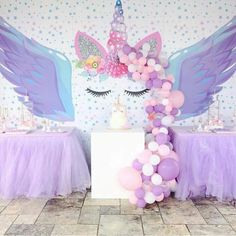 Festa Unicórnio da via Unicorn Birthday Parties, Birthday Party Decorations, 9th Birthday, Pyjamas Party, Party Fiesta, Little Pony Party, Unicorn Baby Shower, Little Girl Birthday, Childrens Party