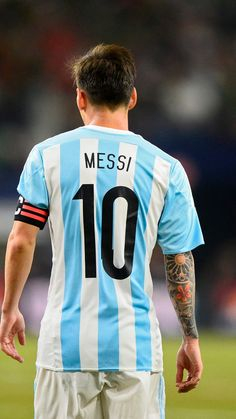 Lionel Messi captain in the Argentina National Team Messi Argentina, Argentina Football Team, Messi Vs, Messi Soccer, Fc Barcelona Players, Lionel Messi Wallpapers, Argentina National Team, Soccer Outfits, Best Football Players