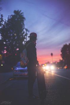🛹 Skateboard 📱 Fond d'écran cellulaire no 10 Urban Photography, Photography Poses, Skate Photos, Skater Boys, Skate Surf, Longboarding, Skateboard Art, Skateboard Images, Skateboards