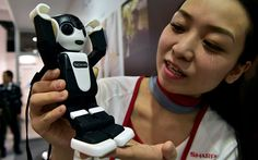 Video: Sharp has invented a smartphone that's also a ridiculously cute robot - Telegraph