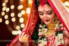 23 New Ideas bengali bridal photography Hd Bridal Makeup, Bengali Bridal Makeup, Bengali Wedding, Bengali Bride, Hindu Bride, Bridal Mehndi, Bridal Poses, Bridal Photoshoot, Bridal Portraits