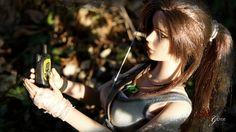 "--- Outfit : Default --- Forest >> Customization for Lara Croft Tonner dolls 17""."