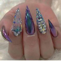 70 Cool and Creative Stiletto Nail Art Designs 70 coole und kreative Stiletto Nail Art Designs Glam Nails, Bling Nails, Glitter Nails, Fun Nails, Beauty Nails, Stiletto Nail Art, Cute Acrylic Nails, Stiletto Nail Designs, Coffin Nails