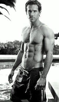 Canadian hottie Ryan Reynolds cast as superhero Green Lantern - National Celebrity Fitness and Health | Examiner.com
