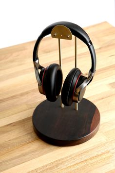 Ebony headphone stand