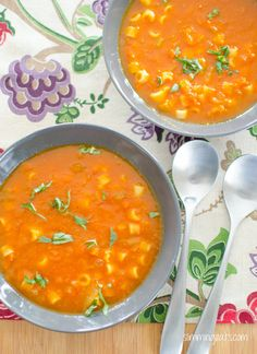Slimming Eats Tomato and Pasta Soup - gluten free, dairy free, vegetarian, Slimming Eats and Weight Watchers friendly