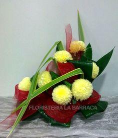 Floral Arrangements, Bouquet, Ethnic Recipes, Food, Saints, Funeral Flower Arrangements, Cemetery, Window Boxes, Centerpieces