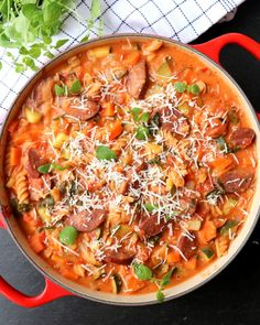 All-in-one sausage casserole with pasta & vegetables – LINDASTUHAUG – Healthy Foods Healthy Meal Prep, Easy Healthy Recipes, Healthy Foods, Sausage Casserole, Sausage Recipes, Diet Meal Plans, Clean Eating Recipes, Cobb Salad, Meal Planning