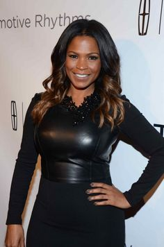 """Nia Long hosts """"Evening of Style"""" in Los Angeles Pretty Black Girls, Beautiful Black Women, Dresses For Apple Shape, Black Actresses, Hollywood Actresses, Nia Long, Thick Girl Fashion, Short Black Hairstyles, Ebony Beauty"""