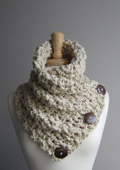 Crochet Button Scarf Linen with dark coconut buttons by WarmMeUp