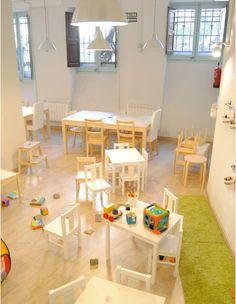 Little Grey Elephant ( juntines/calle/talleres) Bilingual learning center para niños, cómo en casa!