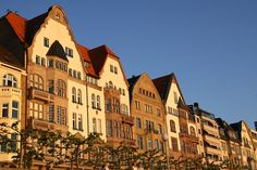 dusseldorf germany | Dusseldorf Germany travel guide, Düsseldorf, the city of fashion and ...