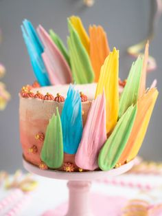 Brushstroke Cake - Värikäs Vappukakku