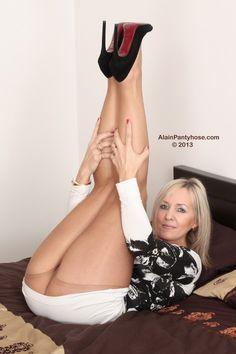 swedish dating sexy pantyhose