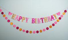 Happy Birthday Girlande, Geburtstag, Wimpel, Wimpelgirlande, glitter, Glitzer, Mädchen, Sweet sixteen, rosa, gold, pink, Geburtstagsdeko von Pompompous auf Etsy Happy Birthday Girlande, Sweet Sixteen, Pink, Party, Decoration, Garlands, Craft Gifts, Schmuck, Decor