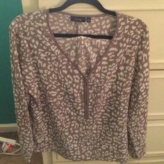 Apt 9 Blouse Apt 9 long sleeve white and tan blouse with zipper front. Never worn. Size large. Apt. 9 Tops Blouses