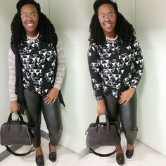 Its the weekend #ootd #oddball #plussize #simple #geometric #print #allblack #crochetbraids #topshop #gojane #sneakers by honor.rebel