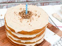 Luxurious Cakes & Treats For Your Dog's Birthday Dog Birthday, Dog Care, Dog Mom, Your Dog, Dog Lovers, Pup, Treats, Cakes, Luxury