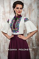 Блуза з вишивкою 06003