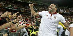 Adil Rami : AC Milan Krisis, Sulit Untuk Dipahami