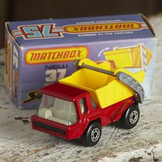 A Matchbox superfast skip truck no:37. Comes with original box a great example from the 80's in mint condition. A great collectors piece.