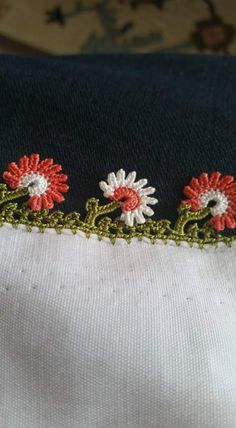 2016 yemenı oyası modelleri (15) Crochet Boarders, Crochet Patterns, Cheese Cloth, Crochet Lace, Diy And Crafts, Dish Towels, Crochet Stitches, Needlepoint, Mittens
