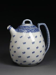 Coffee pot and lid | Riemerschmid, Richard made in Germany in 1903