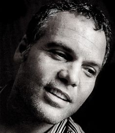 Vincent D'Onofrio. Love that little Elvis lip curl.