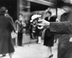 """last-picture-show: """"""""Louis Faurer, Market Street, Philadelphia, PA, 1945 """" """""""