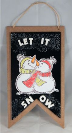 Let it Snow Snowmen Wall Plaque by Steph Ackerman - featuring Makin's Clay® no bake, air dry polymer clay -http://www.makinsclayblog.blogspot.com/2015/11/let-it-snow-holiday-decoration-by-steph.html