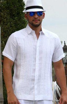 Resultado de imagen para camisa de hombres guayaberas