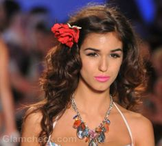 Beach Hairstyles & Hair Accessories S/S 2012 Floral Clips