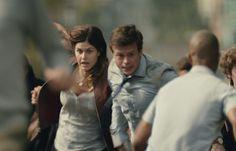 Alexandra Daddario as Blake in San Andreas by Warner Bros Pictures Courtesy of Warner Bros Pictures  2015 WARNER BROS ENTERTAINMENT INC
