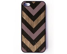 Iphone 5 Case - Black Purple Chevron on Wood iPhone cover - plastic or rubber - rustic, gift idea