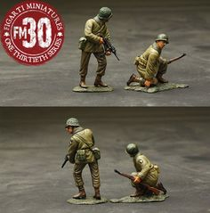 World War II U.S. 101st Airborne ETA-041 Here  They Come - Made by Figarti Military Miniatures and Models. Factory made, hand assembled, painted and boxed in a padded decorative box. Excellent gift for the enthusiast.